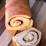 Pane dolce alla cannella e cacao con pasta madre