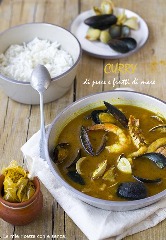 Zuppa di frutti di mare al curry