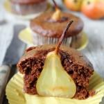 Muffin pere e cioccolato fondente senza uova e senza burro