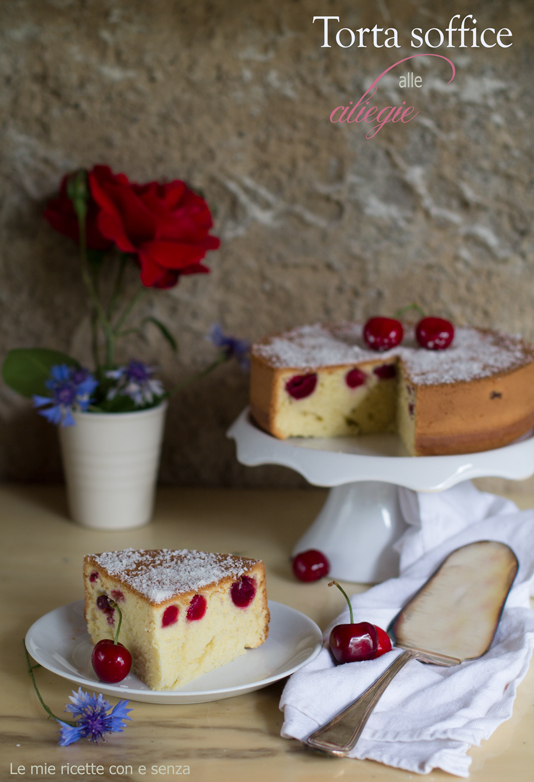 Torta soffice di ciliegie alla vaniglia