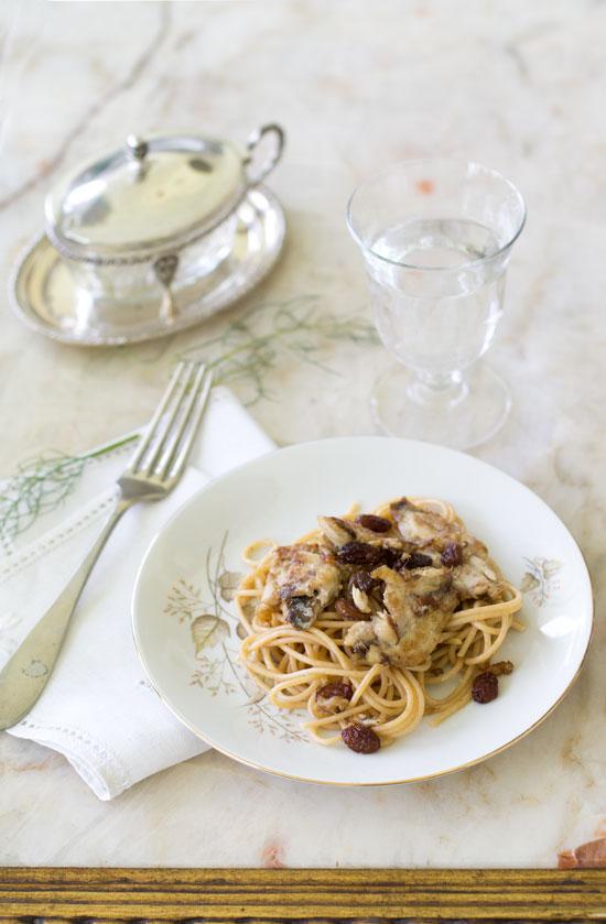 Spaghetti integrali con sarde di lago al profumo di limone e finocchio