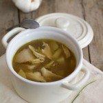 Zuppa di pollo, funghi porcini e patate