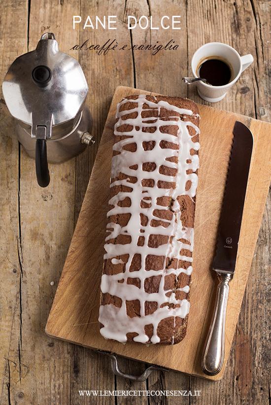 Plumcake al caffè e vaniglia con farina di grano saraceno e glassa alla vaniglia
