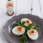 """Deviled eggs con """"pissacani"""" e """"molesini"""": le famose uova ripiene americane"""