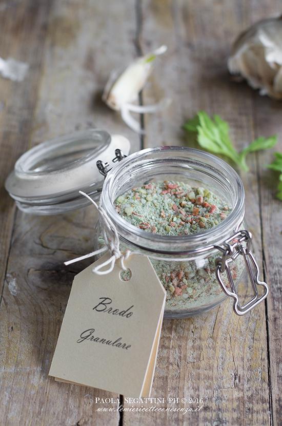 Brodo vegetale granulare homemade, ricetta semplice con essiccatore