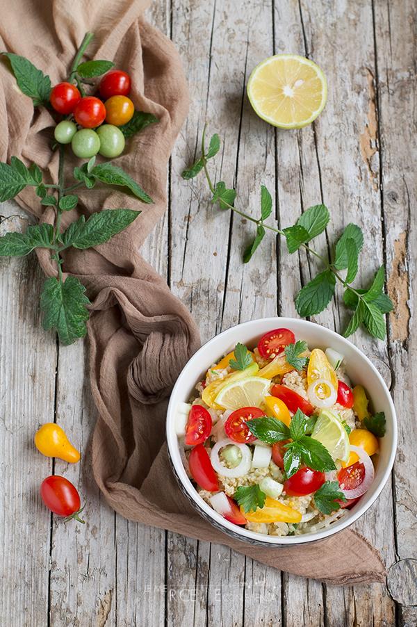 Insalata fredda di bulgur con pomodorini