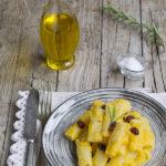 Pasta alla crema di zucca e rosmarino