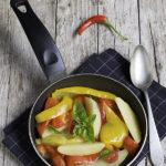 Peperonata con patate, con tutti gli ingredienti dell'orto di Settembre