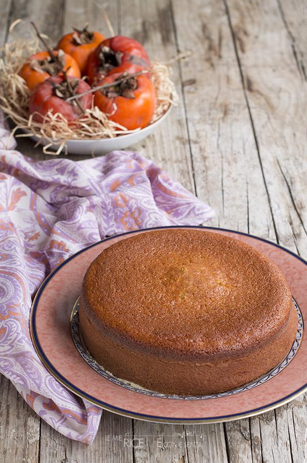 Torta morbidissima ai cachi, soffice e profumata