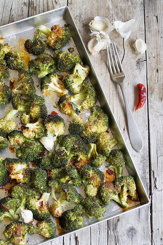 La ricetta delle cime di broccolo al forno