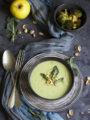 Crema di broccoli e mela al latte di cocco