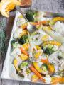 Verdure invernali al forno con dressing alla crema d'arachidi